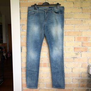 !iT Skinny Jeans